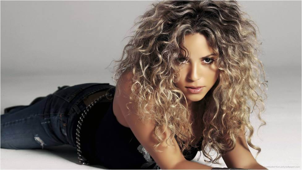 girls-with-natural-curls-hairstyles